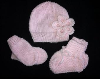 Baby Girl Hat/Mittens/Booties set
