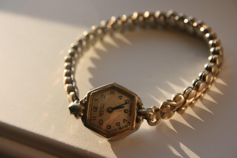 vintage watch gruen veri thin women 39 s stretch. Black Bedroom Furniture Sets. Home Design Ideas
