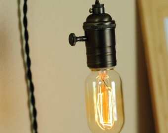Edison Style Light Bulb for Industrial Pendant Lighting - 30W Radio Bulb - Tungsten Filament