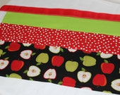 Classroom Apron- Apples (red & green)