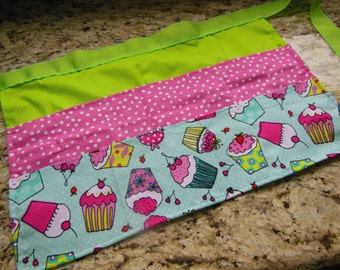 Classroom Apron- Cupcakes (pink & green)