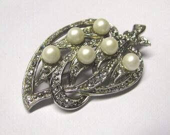 Vintage White Faux Pearl Crystal Rhinestone Leaf Brooch Pin in Silver tone metal, Bridal Brooch