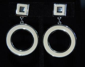 trifari cream enamel hoop earrings