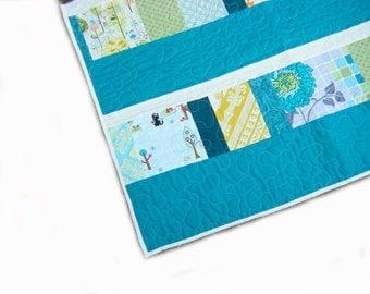 Baby quilt, mini quilt, crib quilt, pram quilt, stroller blanket, baby blanket, patchwork, gender neutral, turquoise, blue, green