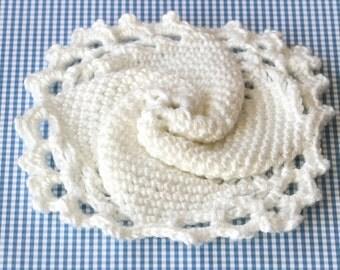 Decorative Crochet Square Pattern, PDF Doily Patterns, Modern Decor Accents