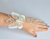 Custom order for Dianav2 ,  1 butterfly upper arm cuff  and 1 butterfly wrist cuff