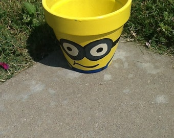 Minion Planters - planter flower pot minion party garden planter birthday party minion party decoration garden minion decoration