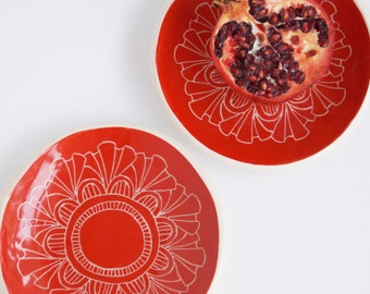 Red cake plate 2 pce set carved with 'Florence' pattern