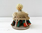 Vintage Weaving Girl Doll, Polish Folk art Doll, Ethnic Handmade Doll, Rustic home decor, Cottage chic, Gift for Girl, green, red, Nursery