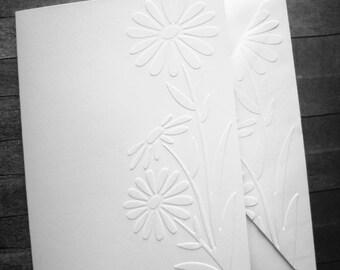 Set of 6 Embossed Bordering Daisies Notecards