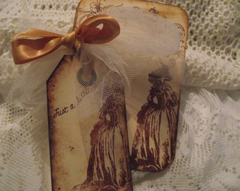 Hand stamped Note Cards  Distress Style  Edges Back ground  Marie Antoinette  Cards Scrap booking    Memory Cards