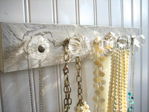 Jewelry Organization with 5 Clear Knobs