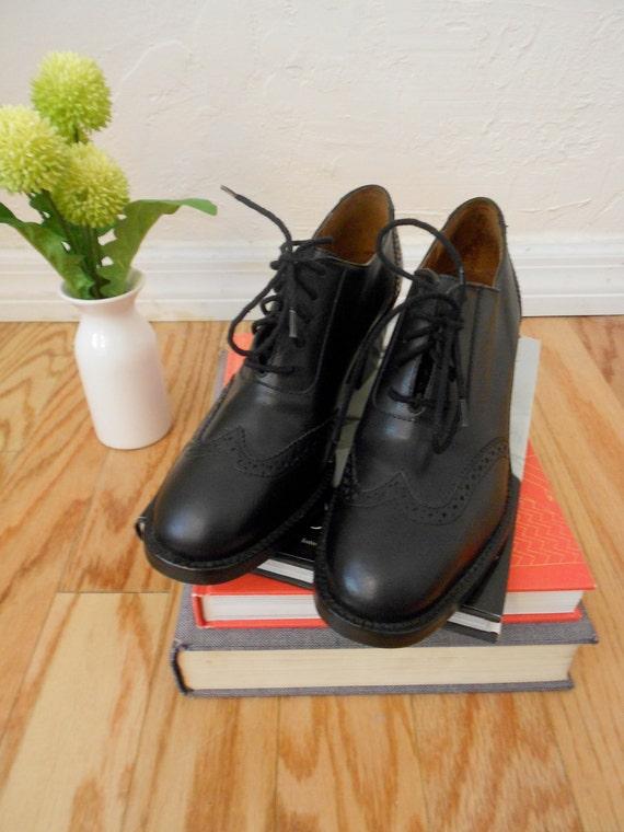 sale 80s 90s black oxford saddle shoes lace up platform