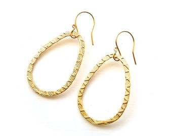 Simple Gold Earrings - Lightweight Drop Jewelry