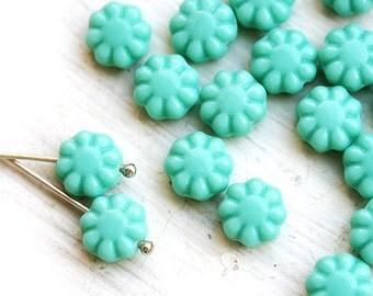 Flower beads, czech glass flat daisy - Mint green - 9mm - 20Pc - 1235