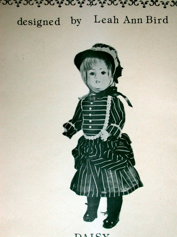 """Bird's Nest Doll Fashions Pattern Designed by Leah Ann Bird UNCUT Vintage 1970s 15-37 Daisy 18"""" to 19"""" Doll Clothes GR2-1 Dress Slip Hat"""