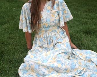 Golden Moon Flower - Vintage 70s Boho Hippie Maxi Goddess Dress, Flutter Sleeves, Medium