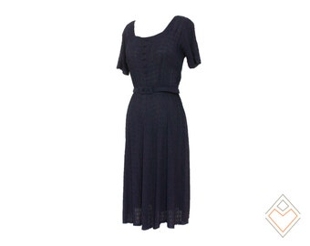 1940s ruched crepe navy dress with matching belt // slinky vintage dress // 26 inch waist size small