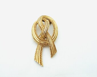 Vintage Elegant Signed Trifari Knotted Goldtone Brooch, UK Seller