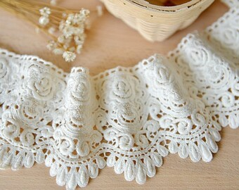 white lace trim, cotton lace, crocheted lace trim, vintage lace, embroidered lace, scollaped wedding lace