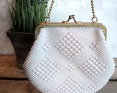 White beaded clutch purse, kiss lock handbag with gold hardware and chain, Wedding, Made in Hong Kong, fswp
