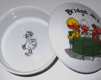 Vintage Porcelain Trinket Box By Enesco Suzy's Zoo 1976 Bridge Mix Collectible Trinket Box