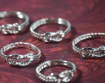 SET OF 8 Bridesmaid Rings w/giftboxes - Wedding Party - Wedding Jewelry - Maid of Honor Gift - Bridesmaid Gift -Infinity Ring