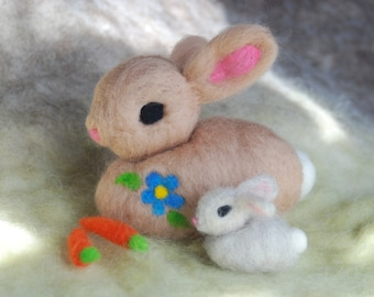 Jumbo Needle Felted Easter Bunny With Small Bunny and Carrots, Plushy Handmade, Felted Bunny Super Soft Rabbit