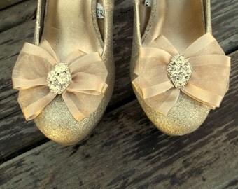 Shoe Clips, Rhinestone shoe clips, Organza Bow Shoe Clips, Bridal SHoe Clips, Wedding Shoe Clips, Many Colors, SHoes Clips, Shoe Clip