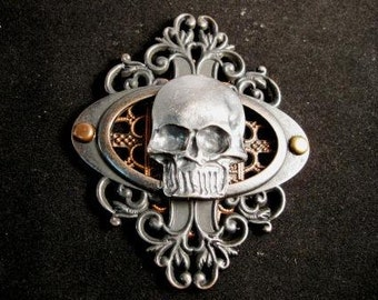 Steampunk Skull pin