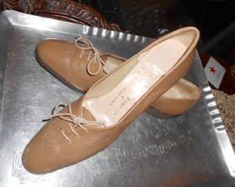 SALVATORE FERRAGAMO Shoes Beige or Brown Wedge Lace Up 7.5 A2