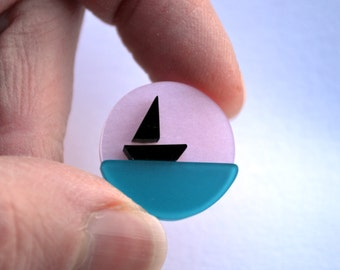 Boat brooch, handmade by I Am Acrylic from perspex
