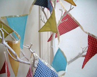 Bunting, Party, Wedding, Summer - Brightly coloured fun bunting flags for a playroom, nursery or the garden.