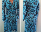 Vintage 80s Womens Blue and Black Flower Print Wrap Style Long Sleeve Day Dress  size Medium