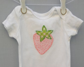 Appliqued Strawberry Bodysuit, Appliqued baby shirt, Strawberry shirt, 12 month bodysuit, strawberry baby gift, ready to ship, baby gift