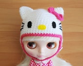 Crochet Hello Kitty Inspired Helmet for Blythe (with  Pink Trim and Bow)