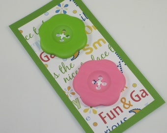 Large Colorful Flower Shaped Plastic Carded Buttons