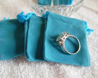25 Turquoise Mini velvet-velour bag - package jewelry necklaces earrings
