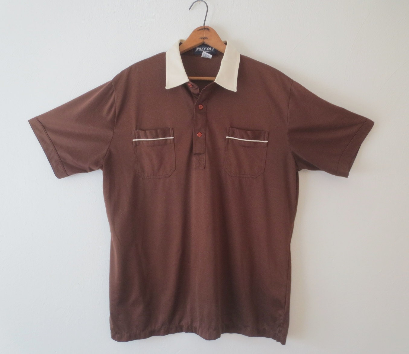 Vintage Mens Brown Shirt With White Collar By