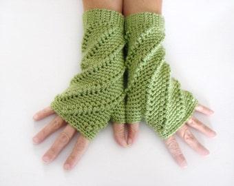 Fingerless Mittens, Pistachio Green Open Mitt, Green Wrist Warmer, Open Gloves, Light Green Mittens, Texting Mittens, Green Wrist Warmers