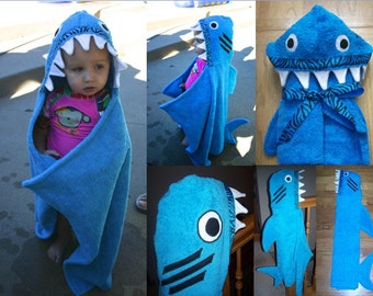 Infant Shark Hooded Towel with 2 burp cloths and 2 washcloths - Free Personalization