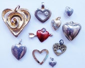 broken-hearted destash of distressed gold and silver tone romantic findings--lot of 10