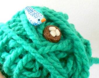 Bird and Nest Knitting Needles