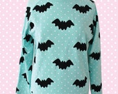 Hello Cavities Twinkle Twinkle Bat Sweatshirt in MINT