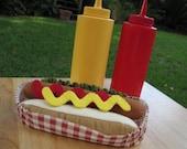 Felt Food Hot Dog & Bun - FiddledeeDeeCraft