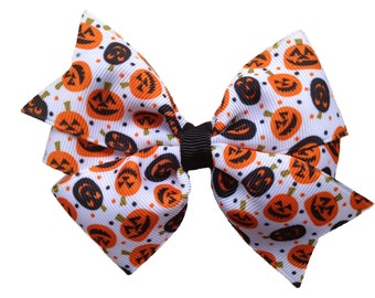 Pumpkin bow - Halloween hair bow, orange bow, fall bow, pumpkin hair bow, girls halloween bow, girls hair bows, girls bows