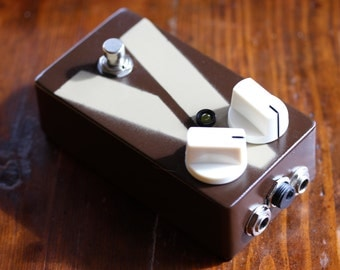 Vintage JOEY DISTORTION Vintage / Classic Guitar / Keyboard / Instrument Effects FX Pedal Stomp Box(1980's)- Hand Built Replica