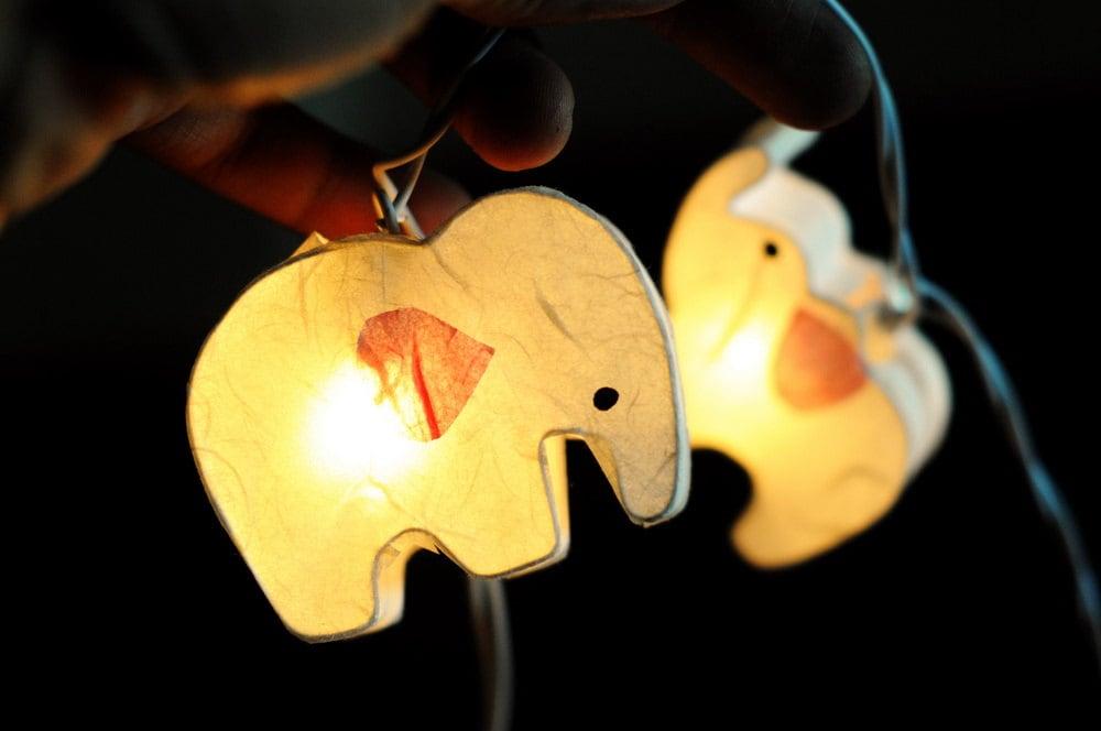 Popular items for oriental light on Etsy