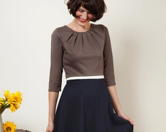 "Dress ""Elisa"", with a round skirt and little falts three different colours"
