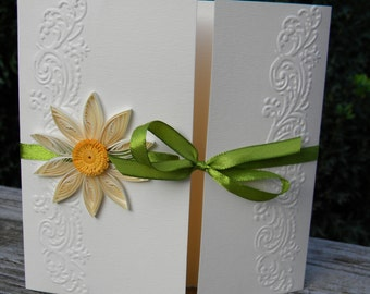 Daisy wedding invitation / Daisy stationery